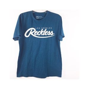 Young and Reckless Big R Script T-shirt Sz Medium